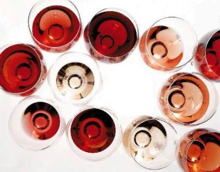 wine-in-glass-3