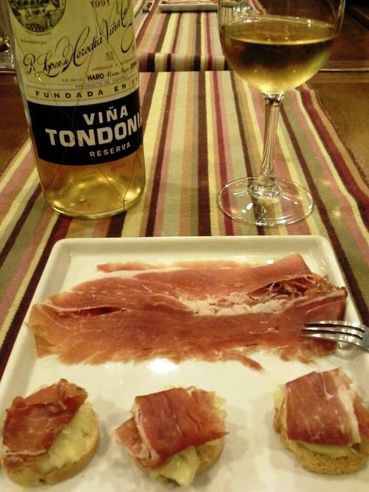 Tondonia branco com jamon serrano